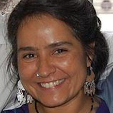 Feminista, hacker y comunicadora popular. Es parte del Centro de Producción Palabra Radio de Oaxaca, México y actualmente becaria del programa de Acompañamiento en Seguridad Digital de Digital Defenders Partnership - Hivos.